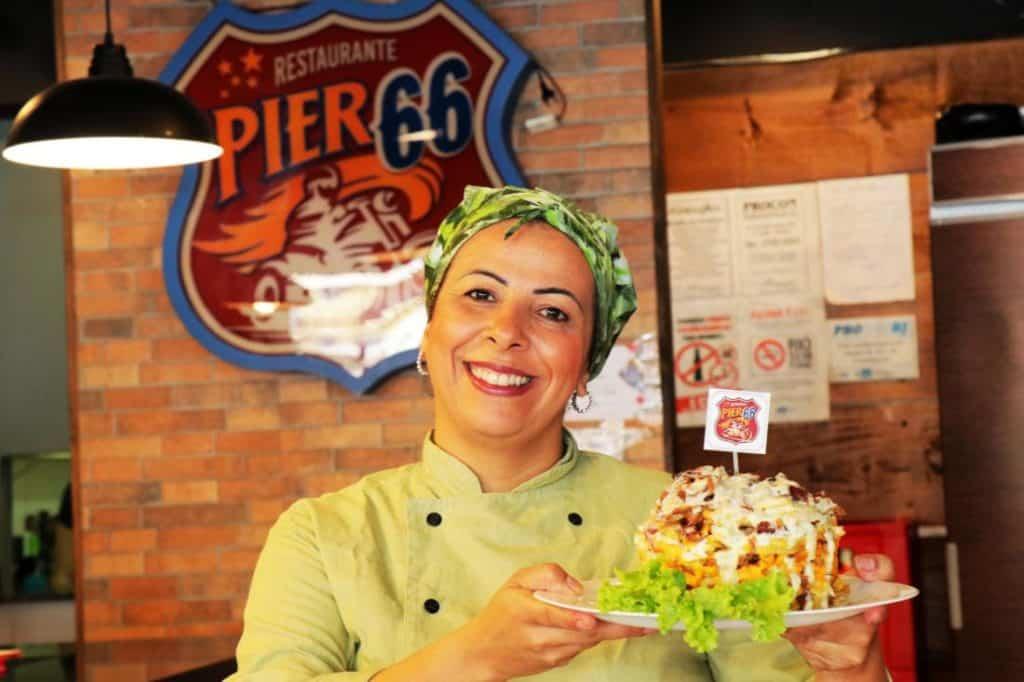 Pastel, fritas, escondidinho… Hum!!! Novos pratos de costela no Pier 66